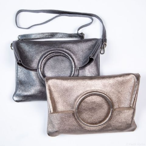 LEATHER CIRCLE HANDLE PEWTER BAG